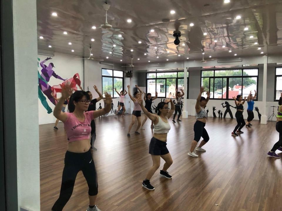 mở phòng tập gym trung cấp có lớp nhảy group x