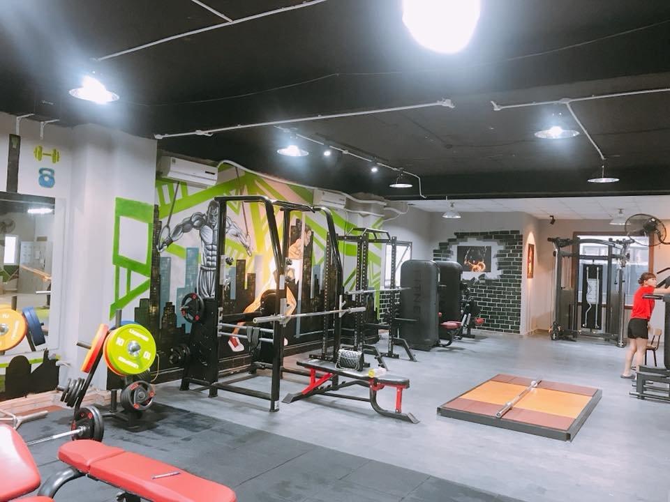 lắp đặt máy tập gym cho phòng kickfit boxing