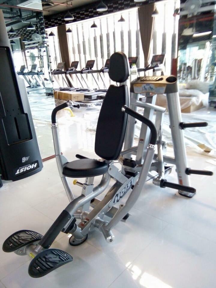 máy tập đẩy ngực hoist fitness