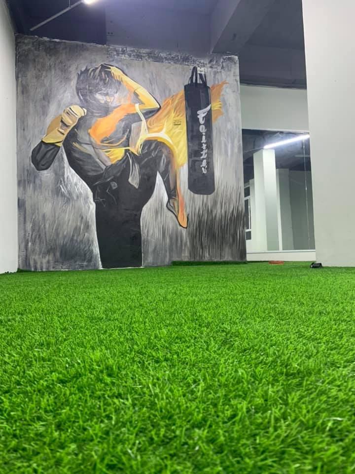 Trang trí phòng gym với tranh vẽ tường graffiti