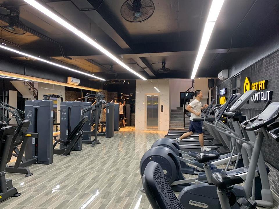 thiết kế phòng tập gym phong cách hiện đại năng động
