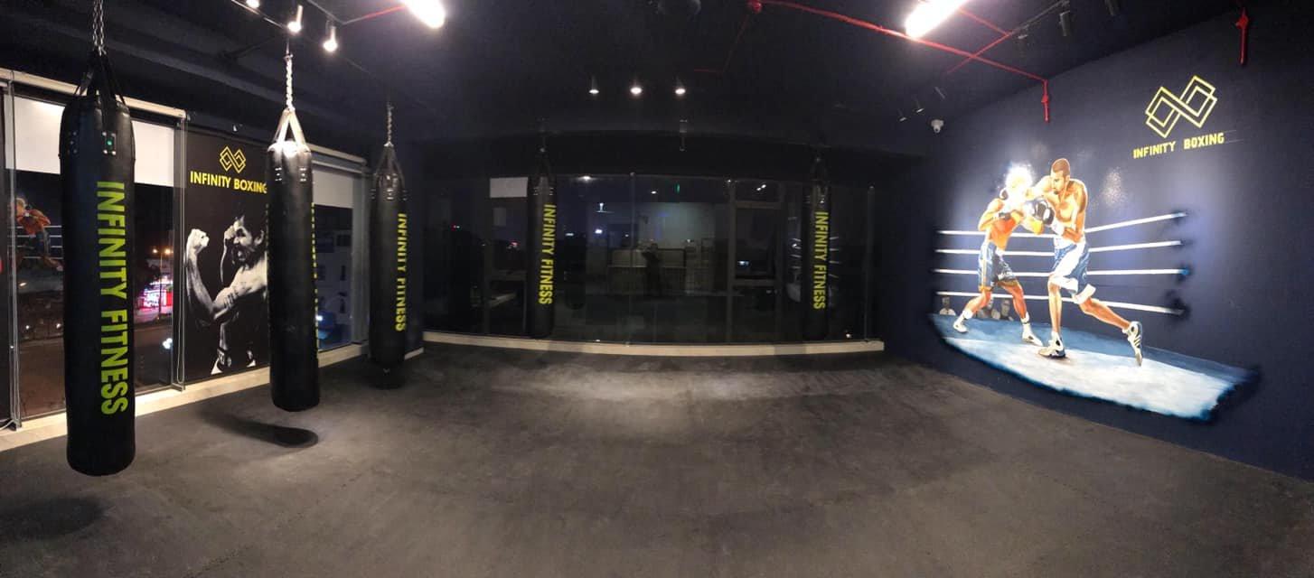 khu vực tập luyện boxing kickfit tại phòng tập fitness