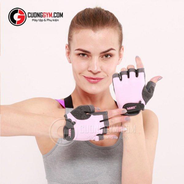 Găng tay CGA-105 màu hồng phấn là bản được chị em phụ nữ ưa chuộng nhất