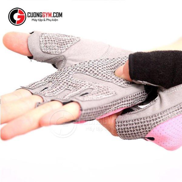 Găng tay CGA-103 có lớp đệm được thiết kế tối ưu: đảm bảo cả tính thẩm mỹ và công năng sử dụng